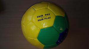 hi diesen Ball haben wir bei der Fairtrade Ralley