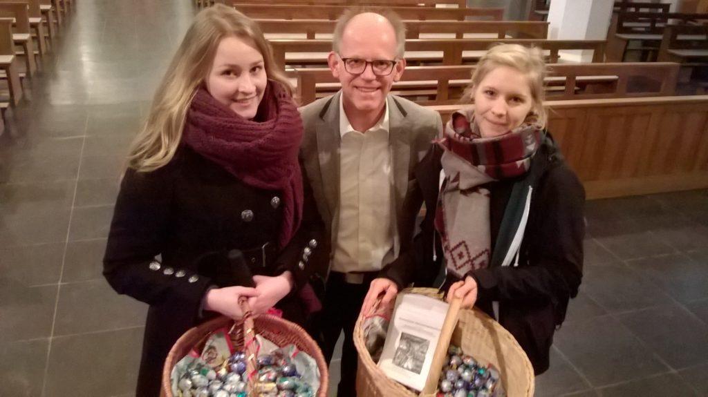 Pastor Heilmann und Vorbereitungsteam
