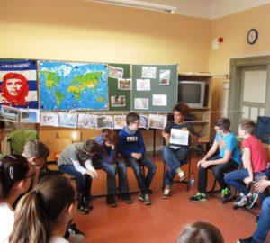 Elayne Perez Diaz spricht über das MigrantInnen in Kuba