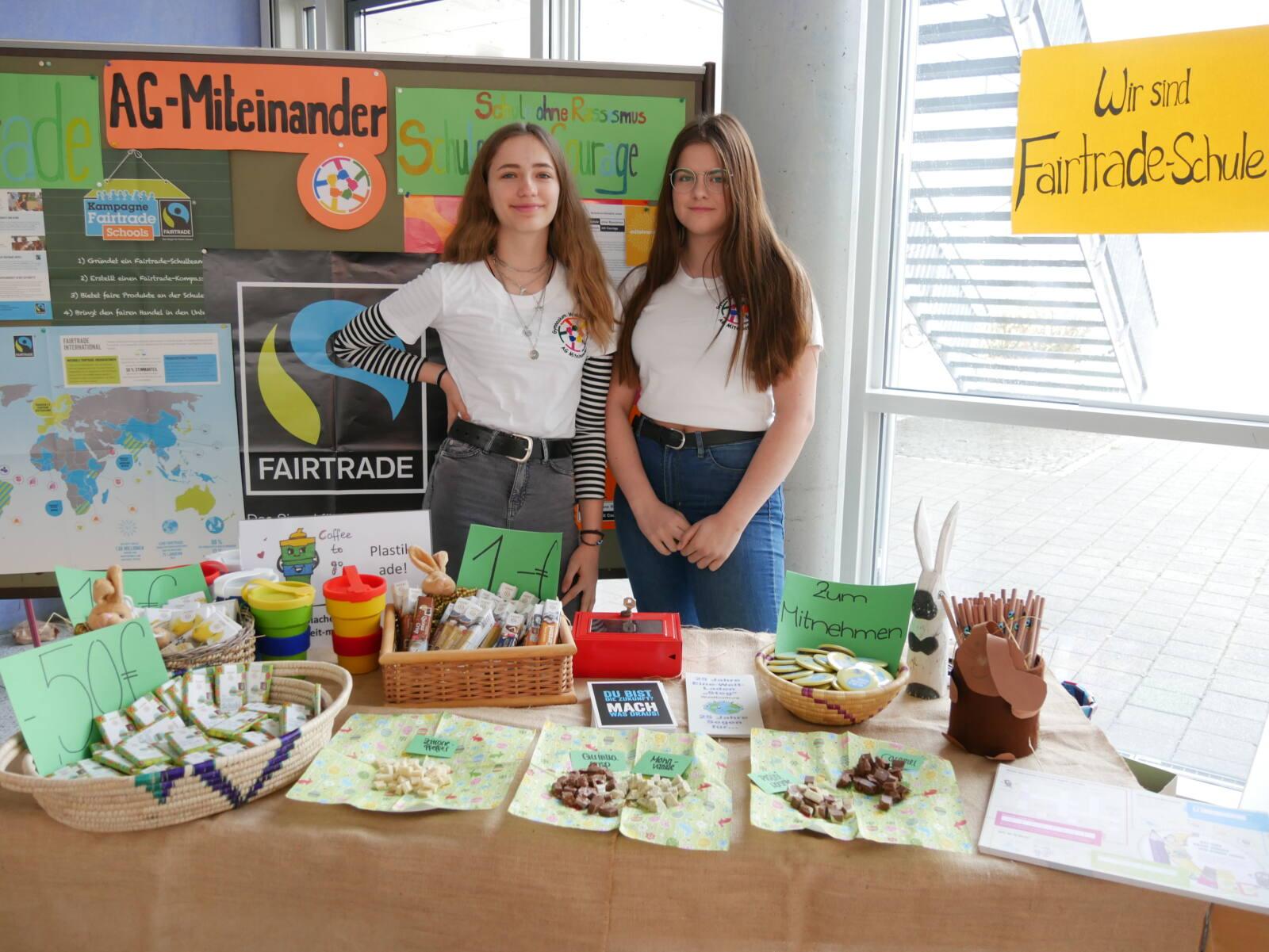 Verkauf und Verkostung fairer Produkte am Tag der offenen Tür 2019